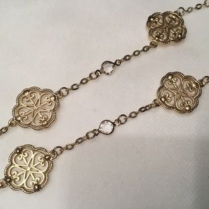Jewelry - Metal Filigree Station Necklace
